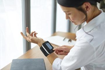 Philips Handgelenk-Blutdruckmessgerät mit App-Anbindung (Nur für Deutschland) DL8765/01 -